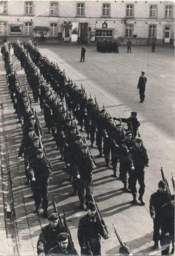 Soldaten tijdens hun lergerdienst, Dossin, 1964. Coll. Decrée